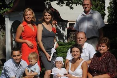 Darnios šeimos vienijasi