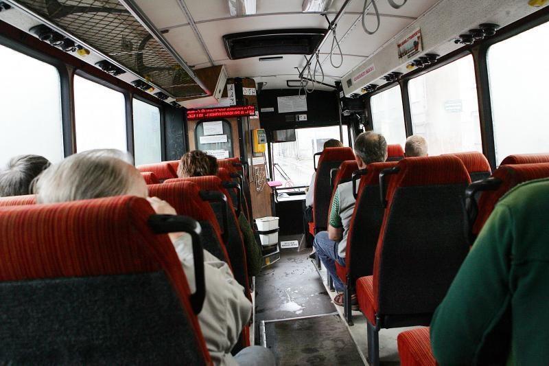 """Kol """"Kauno autobusai"""" klimpsta į skolas, tęsiasi ginčai dėl išlaidų"""