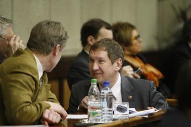 Noras medžioti Klaipėdos tarybos nariui vos nekainavo mandato