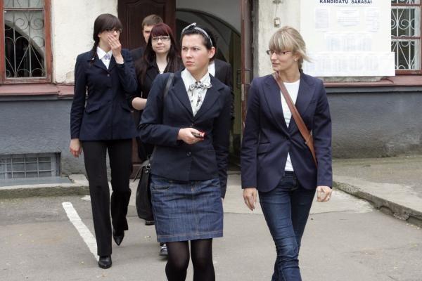 Į lietuvių kalbos egzaminą – be raminamųjų, bet su cigaretėmis