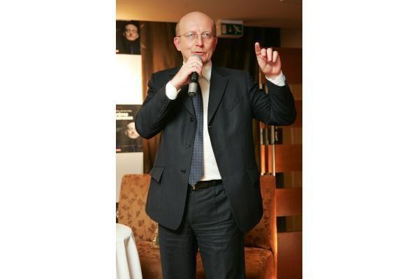 A.Valinskas pristatė pirmąją savo biografiją