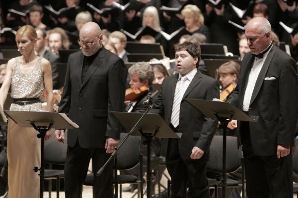 Bohemiečiai sezoną užbaigė su dainuojančia I.Dapkūnaite