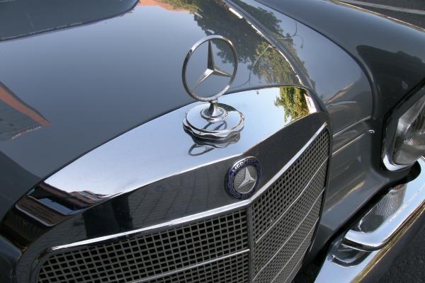 """Uostamiestyje – senoviniai """"Mercedes Benz"""""""