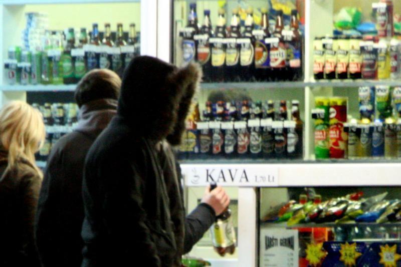 Pataisos dėl akcizų didinimo alkoholiui ir tabakui - kitą savaitę