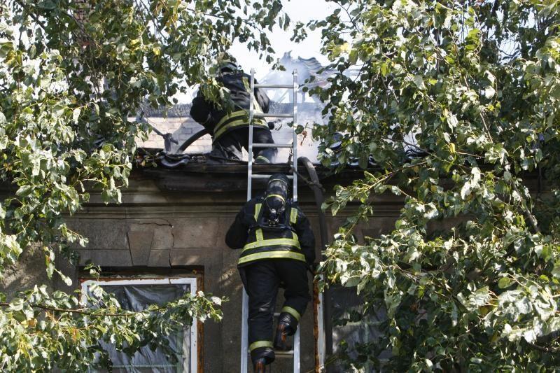 Klaipėdoje netoli uosto degė negyvenamas namas