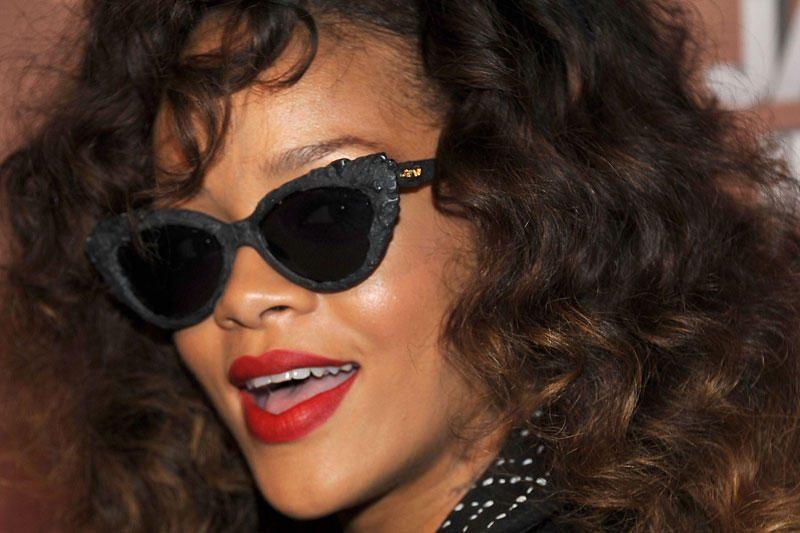 Rihanna įsigijo iš kristalų mozaikos sulipdytą M.Monroe portretą