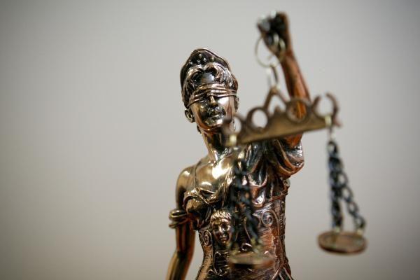 Aiškinamasi, kaip skirstomos bylos Vilniaus apygardos teisme