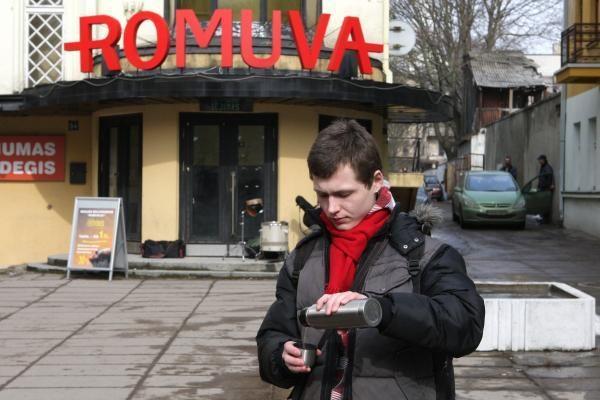 """Už merdėjančią """"Romuvą"""" - taiki kavos akcija"""