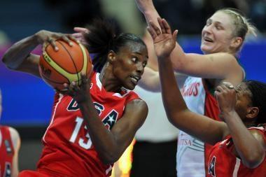 Planetos moterų krepšinio pirmenybėse pergalingai žaidžia keturios ekipos