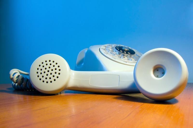 Policija: telefoniniai sukčiai tampa vis išradingesni