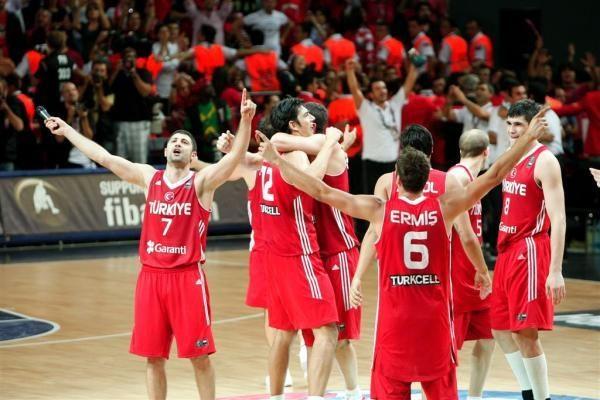 Pasaulio čempionato finale turėjo žaisti serbai?