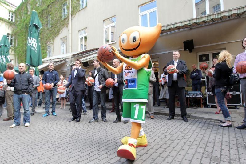"""Vyriausybėje aptartas pasirengimas """"EuroBasket 2011"""""""
