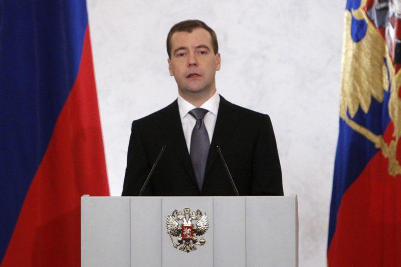 D.Medvedevas sakė ne kartą svarstęs galimybę atvykti į Baltijos šalis
