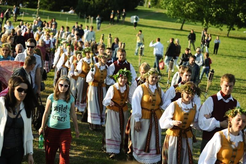 Napoleono festivalį Nemuno saloje pakeitė tradicinės Joninės