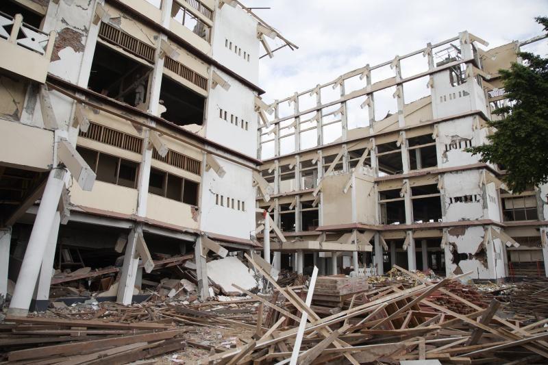 Sumatros salą supurtė 6,4 balo žemės drebėjimas