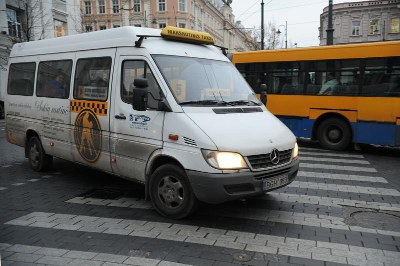 """Vilniaus galvos primena: """"vežėjų-nelegalų"""" keleiviai neapdrausti"""