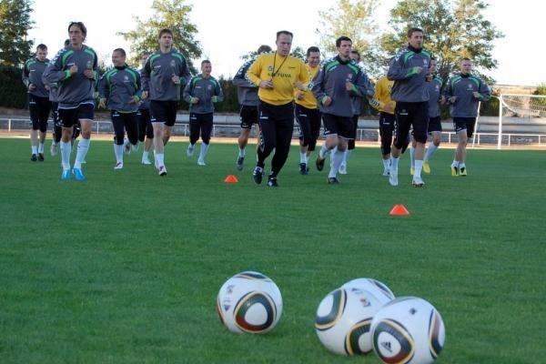 Lietuvos futbolininkai rungtynėse su Vengrija išbandys pamainą