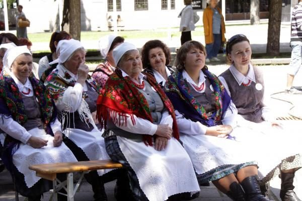 Tautų šventėje įdomiausi – japonai, artimiausi – lenkai?