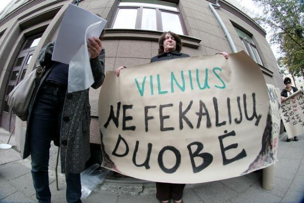 """""""Vilniaus vandenų"""" vadovas: dumblo apdorojimo įrenginių projektas negali būti stabdomas"""