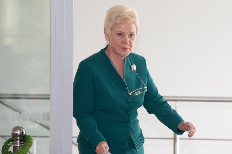 Seimo pirmininkė I.Degutienė: gerbiu vyro nuomonę