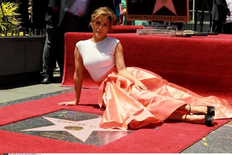 J. Lopez ir J. Batemanas pakviesti tapti  JAV Kino akademijos nariais