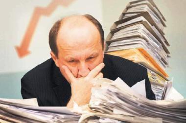 Premjeras baiminasi, kad minimaliam uždarbiui prilygstančios pašalpos skatina tinginystę