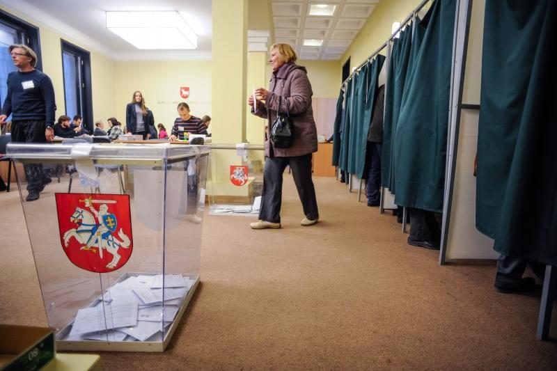 Lietuvoje vyksta Seimo rinkimai ir referendumas dėl elektrinės