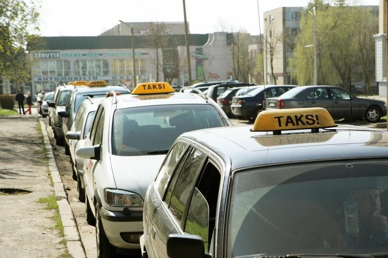 Taksistą užsipuolė dėl nepatikusios kainos