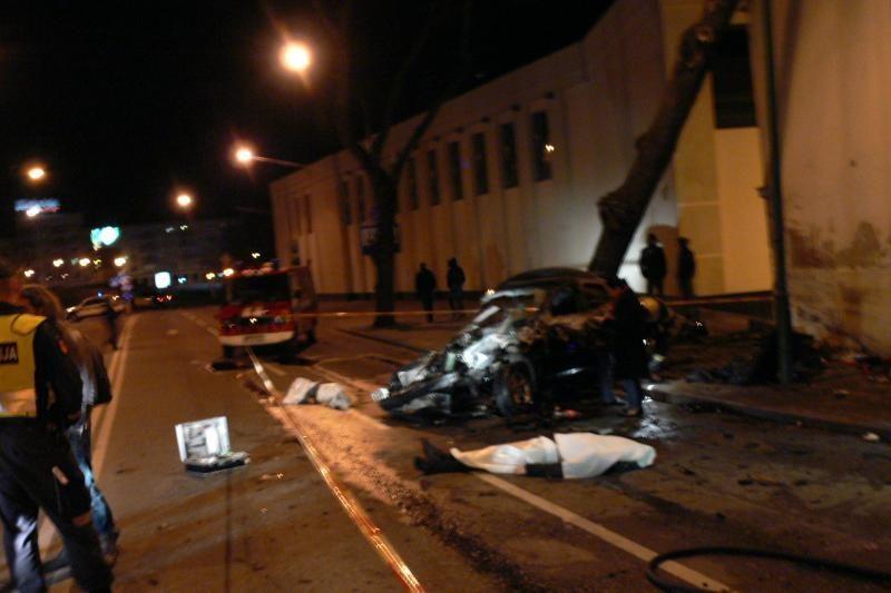 Katastrofiškos BMW avarijos tyrimas: vairuotojas buvo blaivus