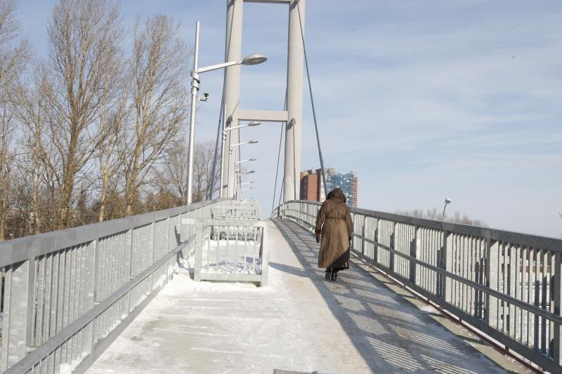 """Šildomą pėsčiųjų tiltą """"Lietuvos geležinkeliai"""" nori perduoti miestui"""