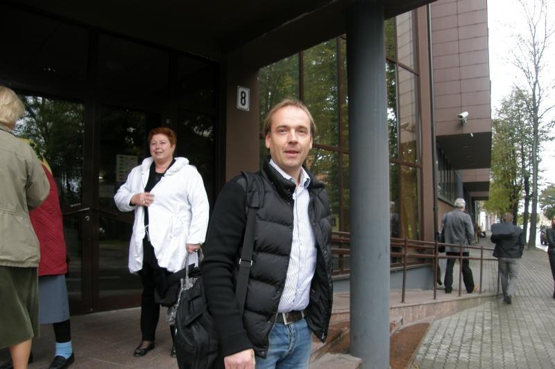 K. Brazauskienės sūnus vos spėja minti teismų slenksčius