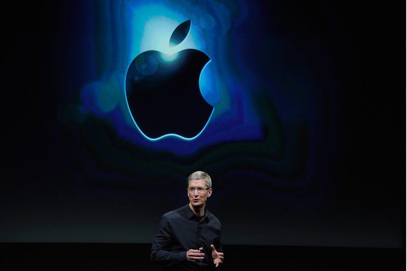 """""""Apple"""" drąsiai žengia į vadovėlių ir švietimo rinką"""