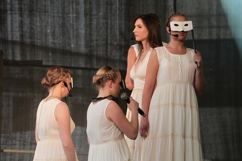 Senamiestį drebino jaunimo iniciatyva atgimusi roko opera