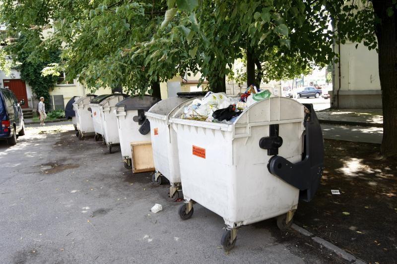 Vilniaus raj. savivaldybė atliekų išvežimą perdavė savo įmonėms