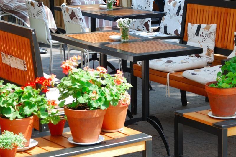 Sostinėje lauko kavinių pridygs lyg grybų po lietaus