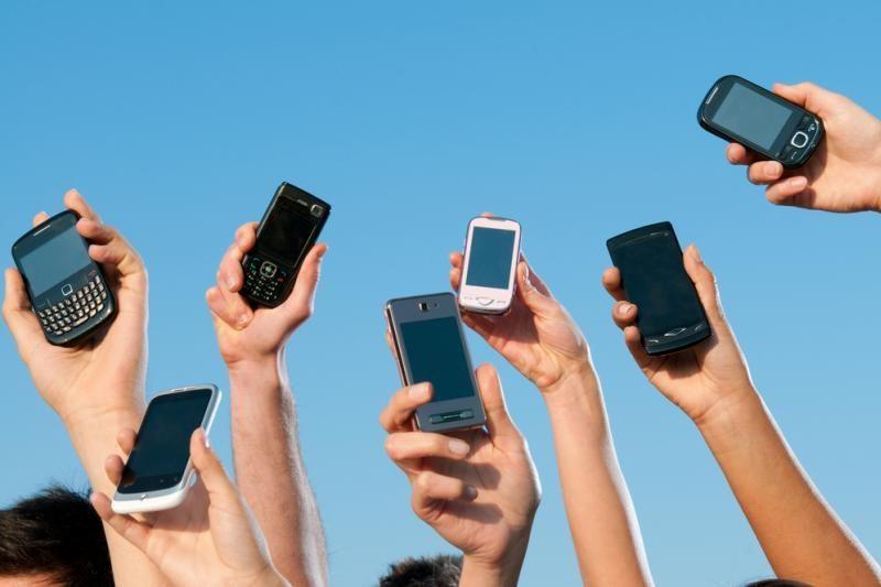Už melagingus skambučius pagalbos telefonais – bauda arba areštas