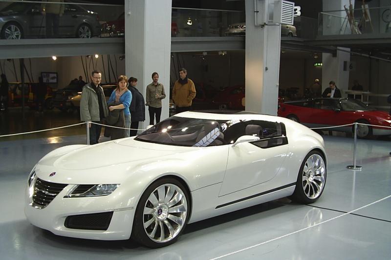 """""""Saab"""" paprašė, kad įmonei būtų iškelta bankroto byla"""