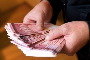 Klaipėdietė sukčiams atidavė 20 tūkst. litų
