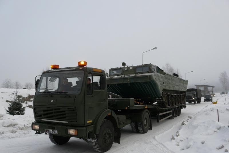Juozo Vitkaus inžinerijos bataliono kariai ruošiasi galimam potvyniui