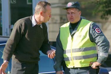 Policija: artėjant šventėms pasirūpinkite būsto saugumu