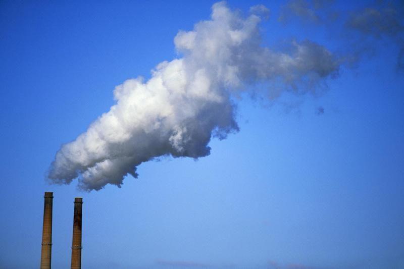 Pavojingų atliekų įrenginys Šiaulių raj. išmeta per daug teršalų