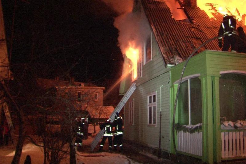 Klaipėdos apskrityje kilę gaisrai niokojo namus, juose žuvo du žmonės