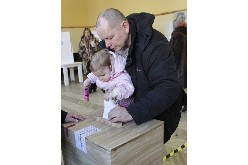 Latviai: referendumas kainuos daug, bet daug ir parodys