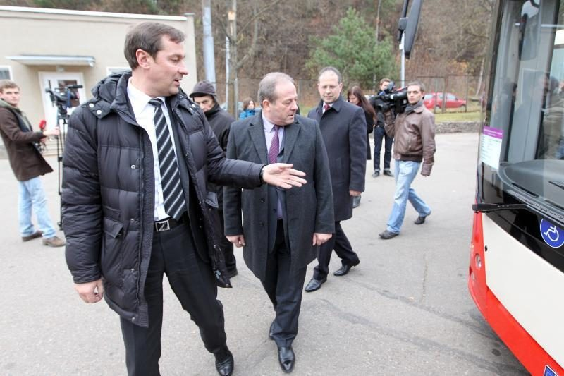 """Pirmasis Lietuvoje surinktas troleibusas važiuoja be """"ūsų"""""""