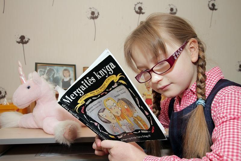 Žinomi žmonės vaikų namuose skaitys pasakas