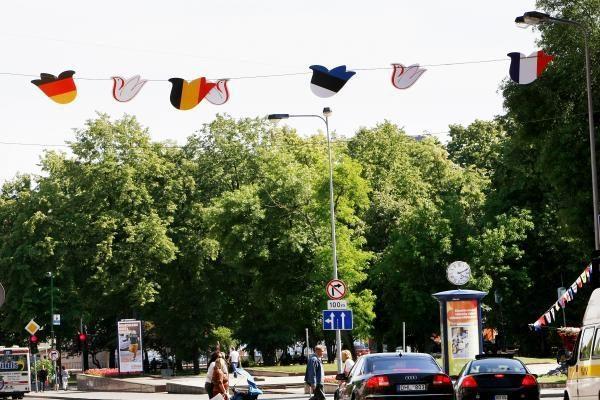 """Klaipėdoje nutūpė margaspalviai """"Europiados"""" šaukliai"""