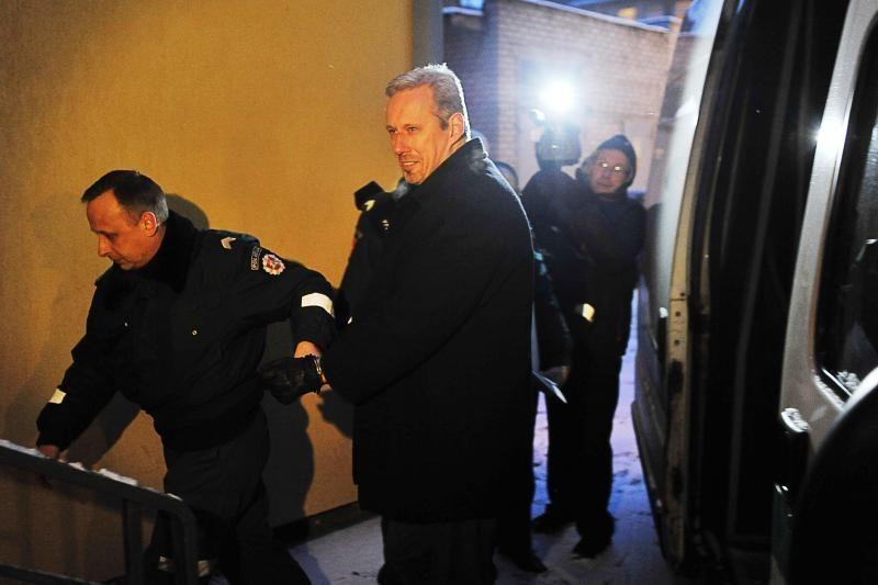 Įtariamojo T.Pilvinio įpėdinis – buvęs FNTT pareigūnas