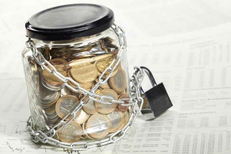Preilos gyventoja pasigedo stiklainio su pinigais