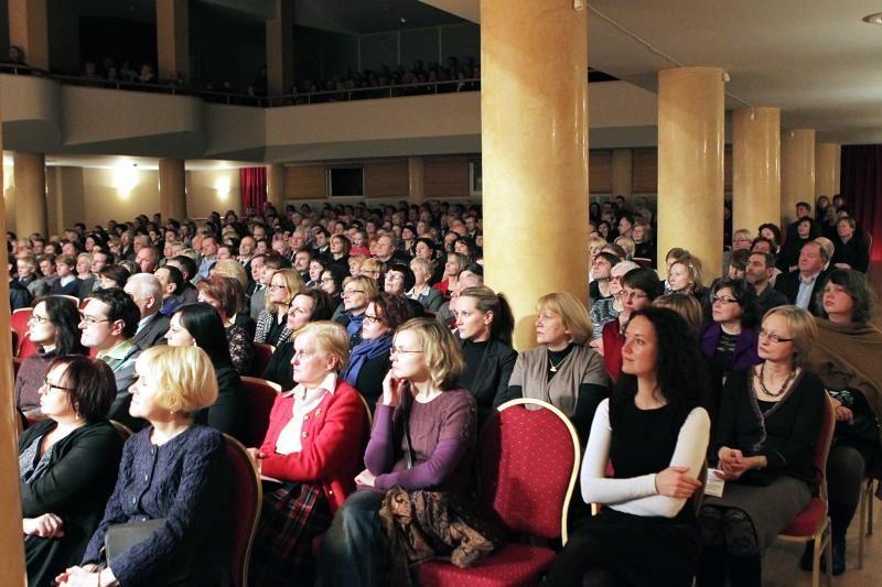 """Tenorui E.Montvidui Klaipėdos publika skandavo """"bravo!"""""""
