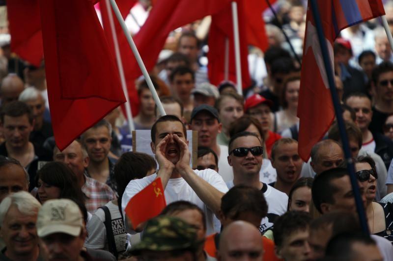 V.Putinas grasina neleisti sukrėtimų, kurie silpnintų šalį